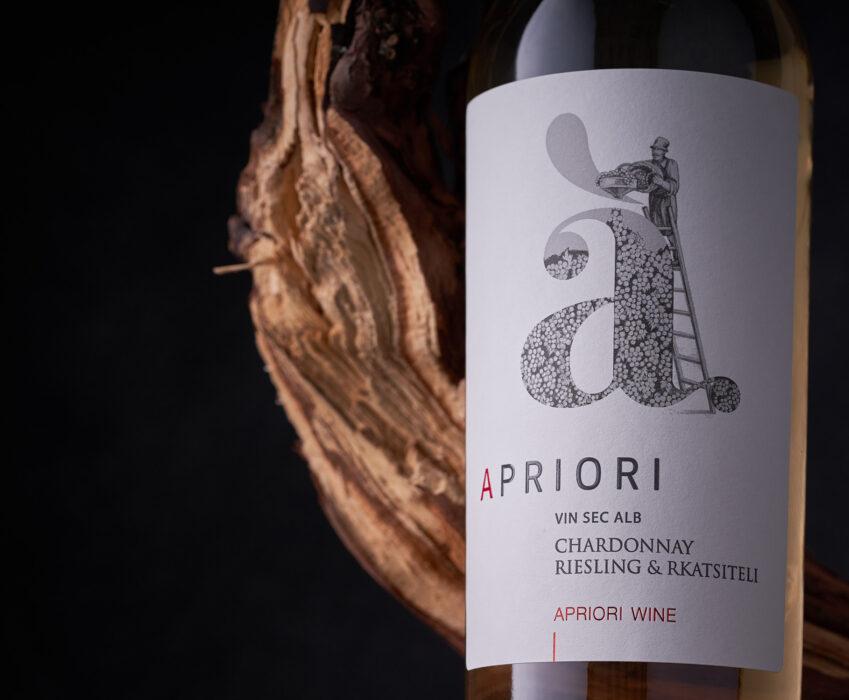 Wine Label Redesign - Apriori